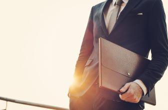 Świadectwo pracy – czym jest i kto je przygotowuje?