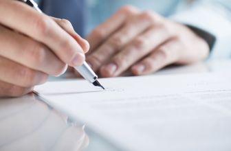 Czy CV trzeba podpisać? W jakich sytuacjach jest to konieczne?