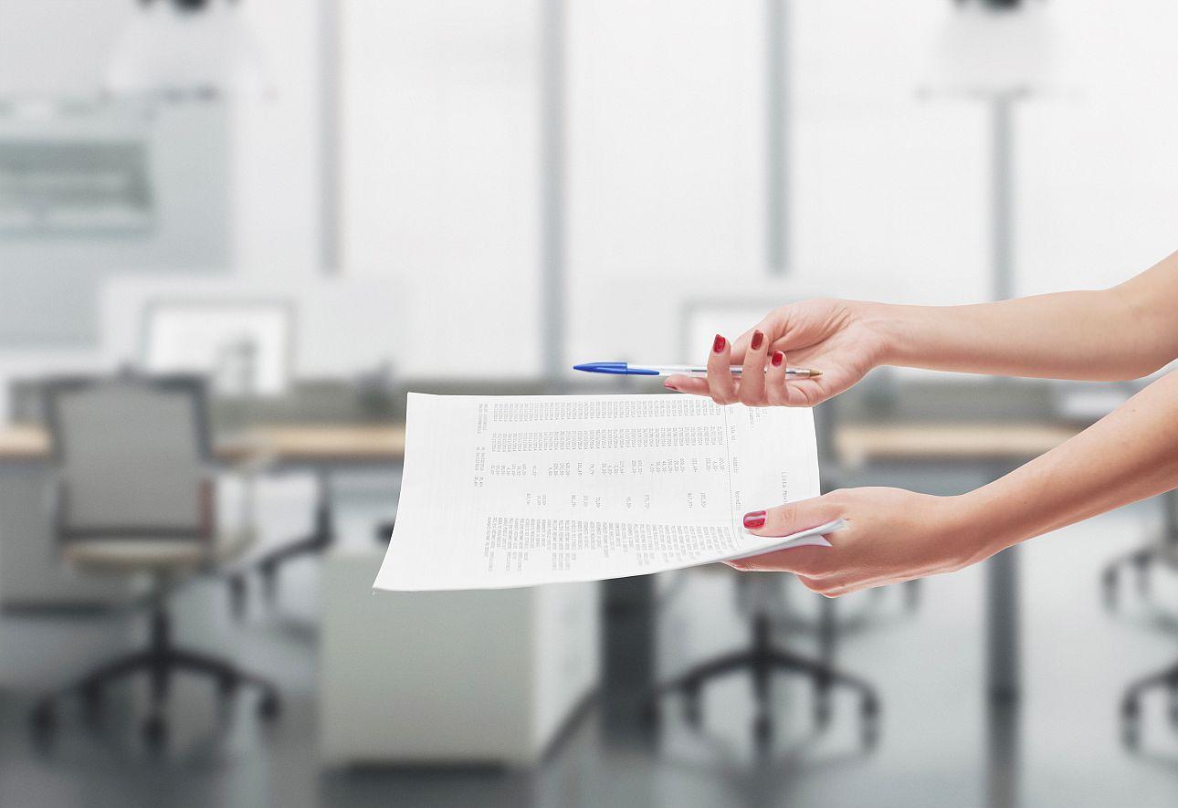 Zdjęcie do artykułu lista ewidencji godzin pracy